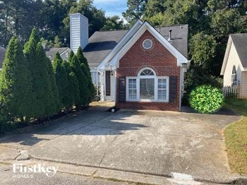 3757 Oakwood Manor 3 Beds House for Rent Photo Gallery 1