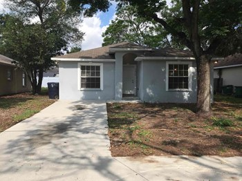 3810 N 55Th Street 3 Beds House for Rent Photo Gallery 1