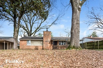 4070 Rhodes 3 Beds House for Rent Photo Gallery 1