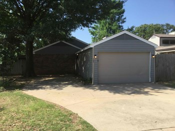 4402 TIMBER RUN DR 3 Beds House for Rent Photo Gallery 1