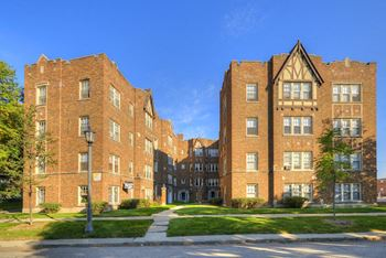 317-25 W Calendar Ave 1 Bed Apartment for Rent Photo Gallery 1