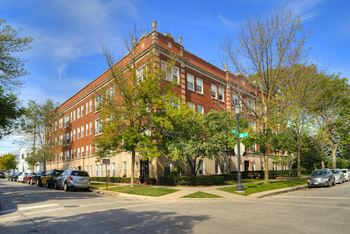 1000-10 Hinman Ave & 503-17 Lee St Studio-2 Beds Apartment for Rent Photo Gallery 1