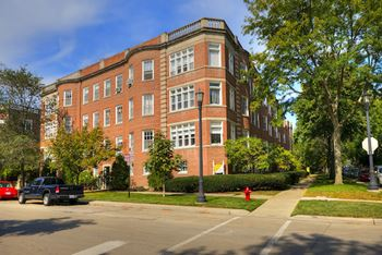 800-10 Michigan Ave & 201-09 Kedzie St 1-3 Beds Apartment for Rent Photo Gallery 1