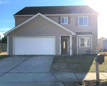5134 Apsley Drive 4 Beds House for Rent Photo Gallery 1