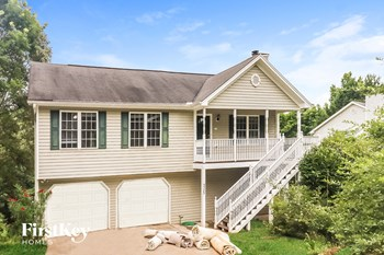 5385 Whiporwill Drive 4 Beds House for Rent Photo Gallery 1