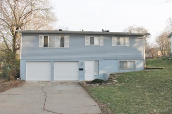 6107 E 152 St 3 Beds House for Rent Photo Gallery 1