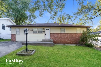 6109 E 149Th Terr 3 Beds House for Rent Photo Gallery 1