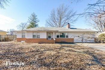 6140  Hunter St 4 Beds House for Rent Photo Gallery 1