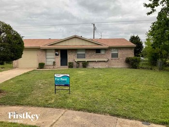 6476 La Grange Cir 3 Beds House for Rent Photo Gallery 1