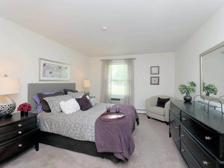 Barrington Lakes - Bedroom