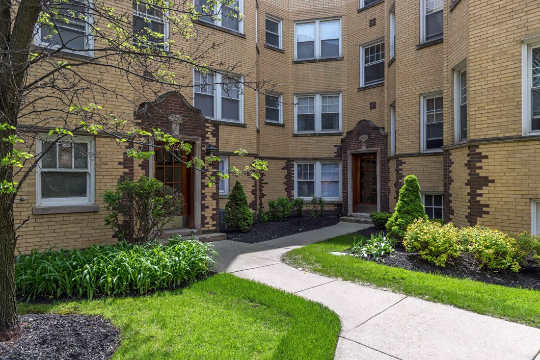 Rockwell Manor Apartments In Chicago Il