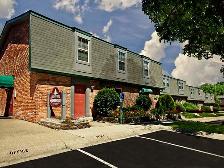 Heritage Knoll Apartments Leasing office in Kettering, OH