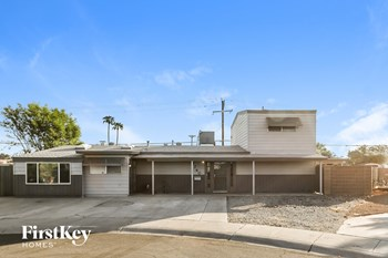 7740 E MCKINLEY St 4 Beds House for Rent Photo Gallery 1