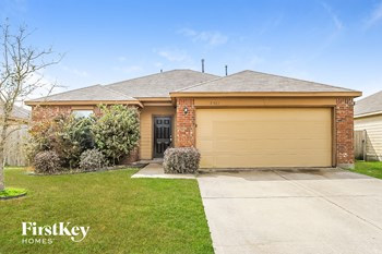 7913 Big Oak Dr 3 Beds House for Rent Photo Gallery 1