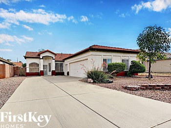 8626 W Aster Drive 4 Beds House for Rent Photo Gallery 1