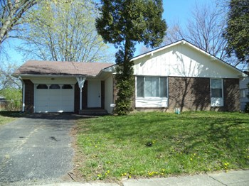 9630 Pepperidge Drive 3 Beds House for Rent Photo Gallery 1