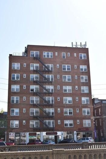 40 East Columbia Avenue Studio Apartment for Rent Photo Gallery 1