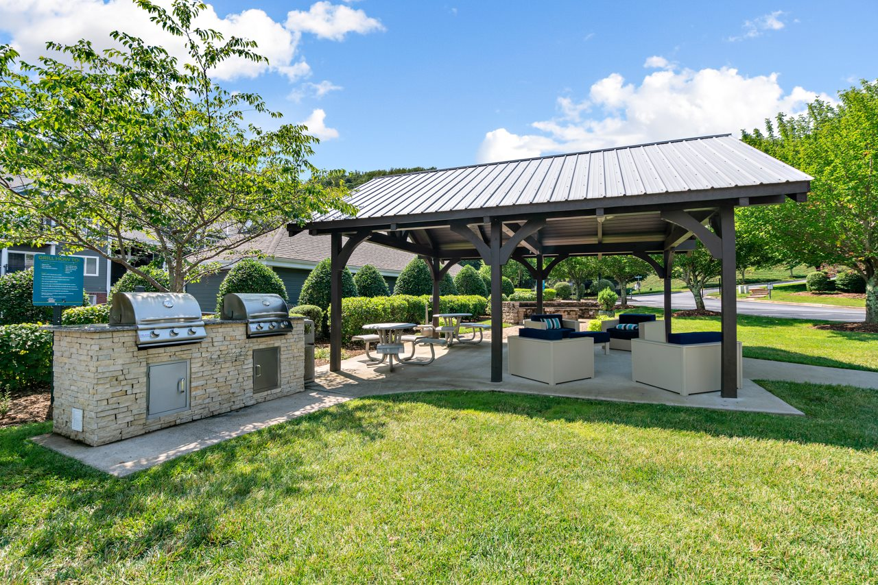 Picnic Pavilion with Grilling Station at Hawthorne at the Peak