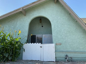 3005 Harbor Blvd. 2 Beds Apartment for Rent Photo Gallery 1