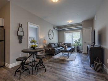 501 Frontenac Street 4 Beds Apartment for Rent Photo Gallery 1