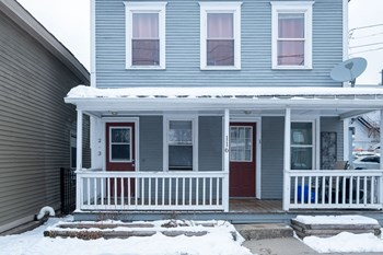 116 Maple Street 1 Bed Apartment for Rent Photo Gallery 1