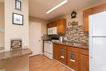 1302 Pinn Rd 2 Beds Apartment for Rent Photo Gallery 1