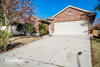 4000 Whisper Ridge 3 Beds House for Rent Photo Gallery 1