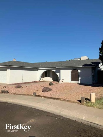 4824 W Cinnabar Avenue 3 Beds House for Rent Photo Gallery 1