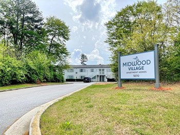 1870 Atlanta Rd SE 1-2 Beds Apartment for Rent Photo Gallery 1