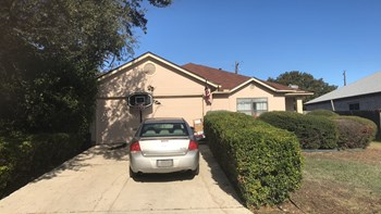 571 Wayward Pass 3 Beds House for Rent Photo Gallery 1