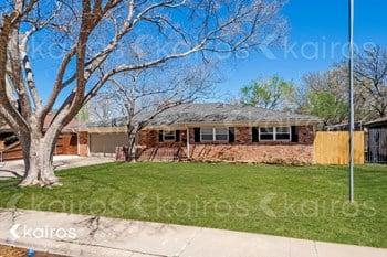 3535 Barclay Dr. 5 Beds House for Rent Photo Gallery 1