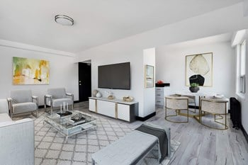600 Eglinton Avenue West Studio-1 Bed Apartment for Rent Photo Gallery 1