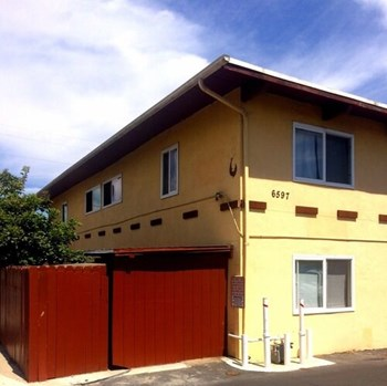6597 Trigo Road 1 Bed Apartment for Rent Photo Gallery 1