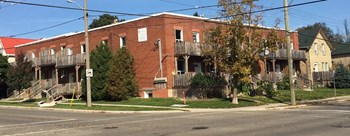350-356 Duke St.  122-132 Wellington St. N. 3 Beds Apartment for Rent Photo Gallery 1