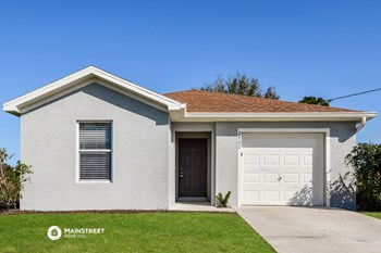 2902 64TH ST 3 Beds House for Rent Photo Gallery 1