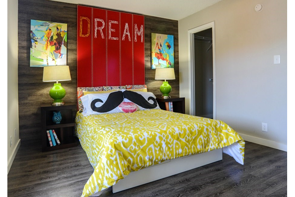 bedroom_riverside_apartments_austin
