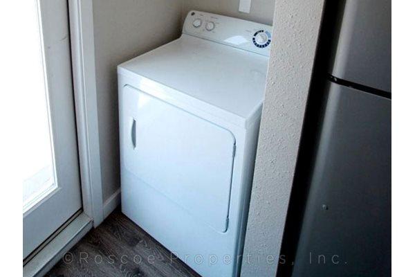 laundry_riverside_apartments_austin