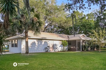 6889 Dodge Rd 4 Beds House for Rent Photo Gallery 1