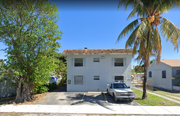 8315 NE Miami Court 2 Beds Apartment for Rent Photo Gallery 1