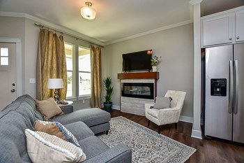 331 N 127Th St East #303 4 Beds Apartment for Rent Photo Gallery 1