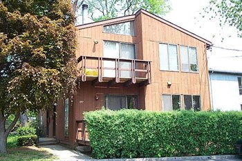 197 MANORHAVEN BOULEVARD 2 Beds Apartment for Rent Photo Gallery 1