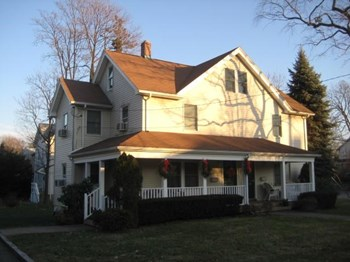 11-13 NORTH MARYLAND AVENUE 2 Beds Apartment for Rent Photo Gallery 1