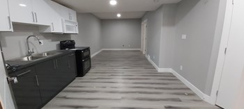 17442 80 Street 2 Beds House for Rent Photo Gallery 1