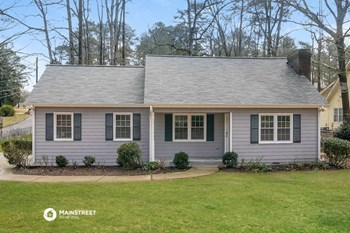 4493 Crest Rd 3 Beds House for Rent Photo Gallery 1
