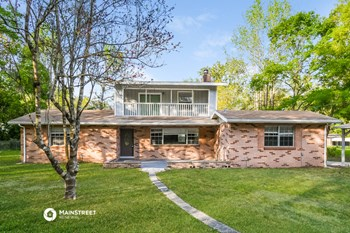 231 Lago Vista St 4 Beds House for Rent Photo Gallery 1
