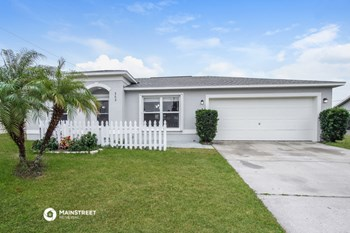 362 Emerson Dr NW 3 Beds House for Rent Photo Gallery 1