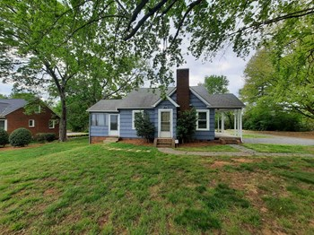 4108 Country Club Rd 2 Beds House for Rent Photo Gallery 1