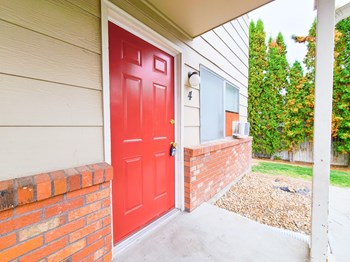 202 East Colorado Avenue 2 Beds Apartment for Rent Photo Gallery 1