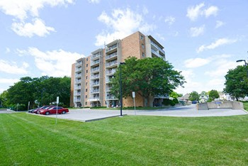 130 Pickering Drive 1 Bed Apartment for Rent Photo Gallery 1