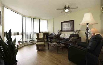 165 Herchimer Avenue 1-2 Beds Apartment for Rent Photo Gallery 1